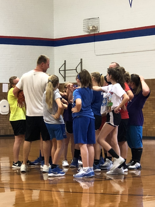 7/8 Lady Cornjerkers Working Hard 💙Working Together