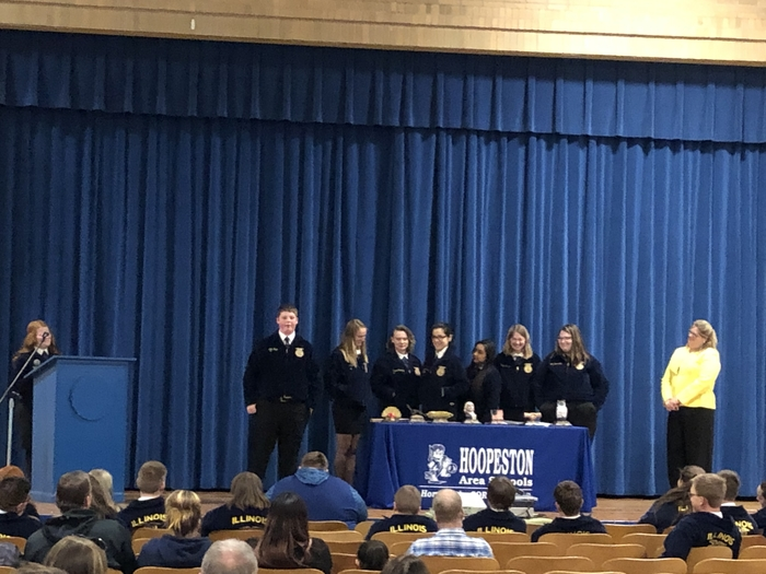 FFA Officers presenting