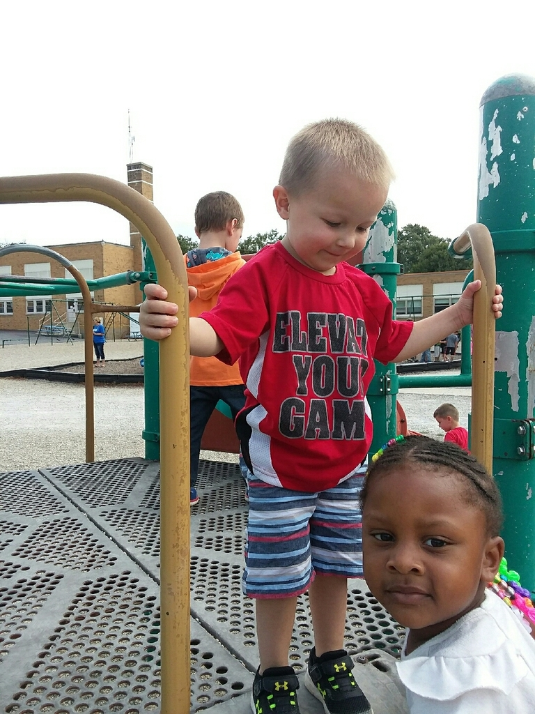 Fun outside in PreK.