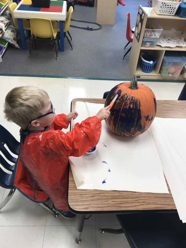 Painting the pumpkin