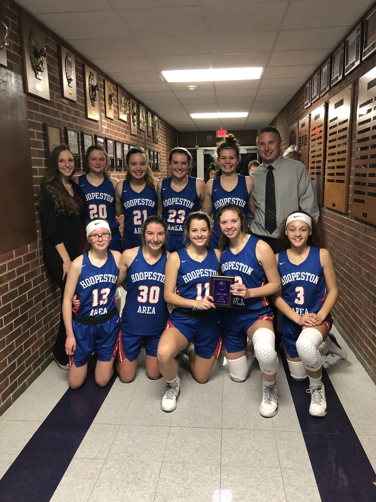 3rd place for the Lady Cornjerkers at the Comet Classic. Way to go girls!💙🏀💙